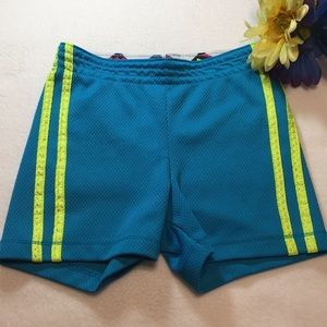 Aqua gym shorts, neon yellow stripes XS 4-5